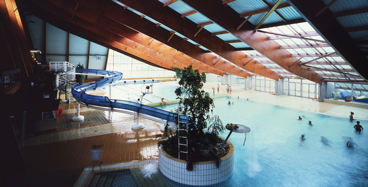Complexe sportif et piscine vagues saint chamond 42 for Piscine 42