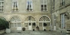 Hôtel de la Brinvilliers, restauration Monument historique, rue Charles V | Paris 4e