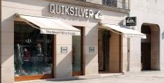 Magasin Quicksilver, avenue des Champs-Élysées et rue de Rivoli | Paris 8e et 4e